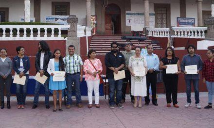 Tepeji conmemora el día internacional del libro