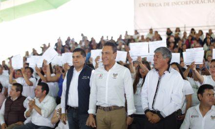PROSPERA BENEFICIA A LAS FAMILIAS A TRAVÉS DE SALUD, ALIMENTACIÓN Y EDUCACIÓN.