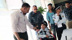 SSPH cumple anhelo de ser policía  a menor con discapacidad