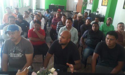 """Delegados de comunidades de Ixmiquilpan exigen que visita de AMLO sea en Jardín Principal y no en """"evento privado"""" de Cipriano Charrez"""