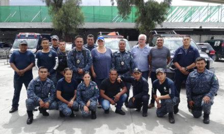 Unidad Canina de la Policía Estatal recibe  capacitación de organización europea