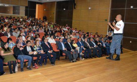 Policía Cibernética impartió conferencia a hijas e hijos  del personal de la PGJEH