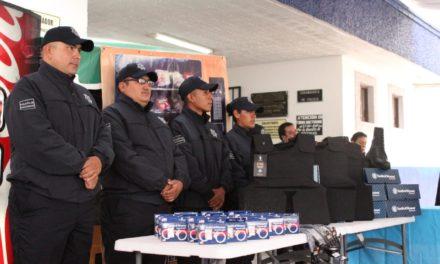 Se realiza la entrega de equipamiento a seguridad pública de Tepeji del Río.