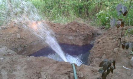 Pemex controla derrame de hidrocarburo provocado por una toma clandestina en Ajacuba, Hgo.
